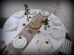 table 8 personnes 152 cm