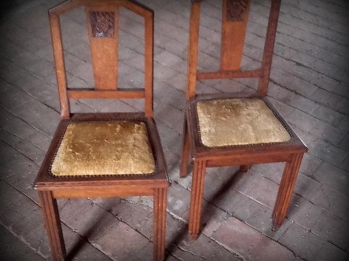 Paire de chaises Louisette