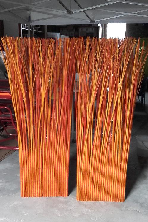 Paire de paravent tiges en bois orange
