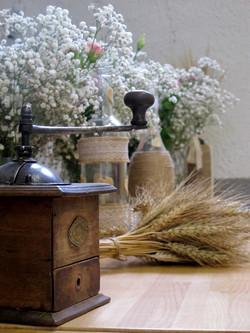 blé et moulin à café