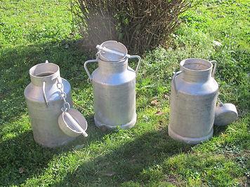 pots_à_lait.JPG