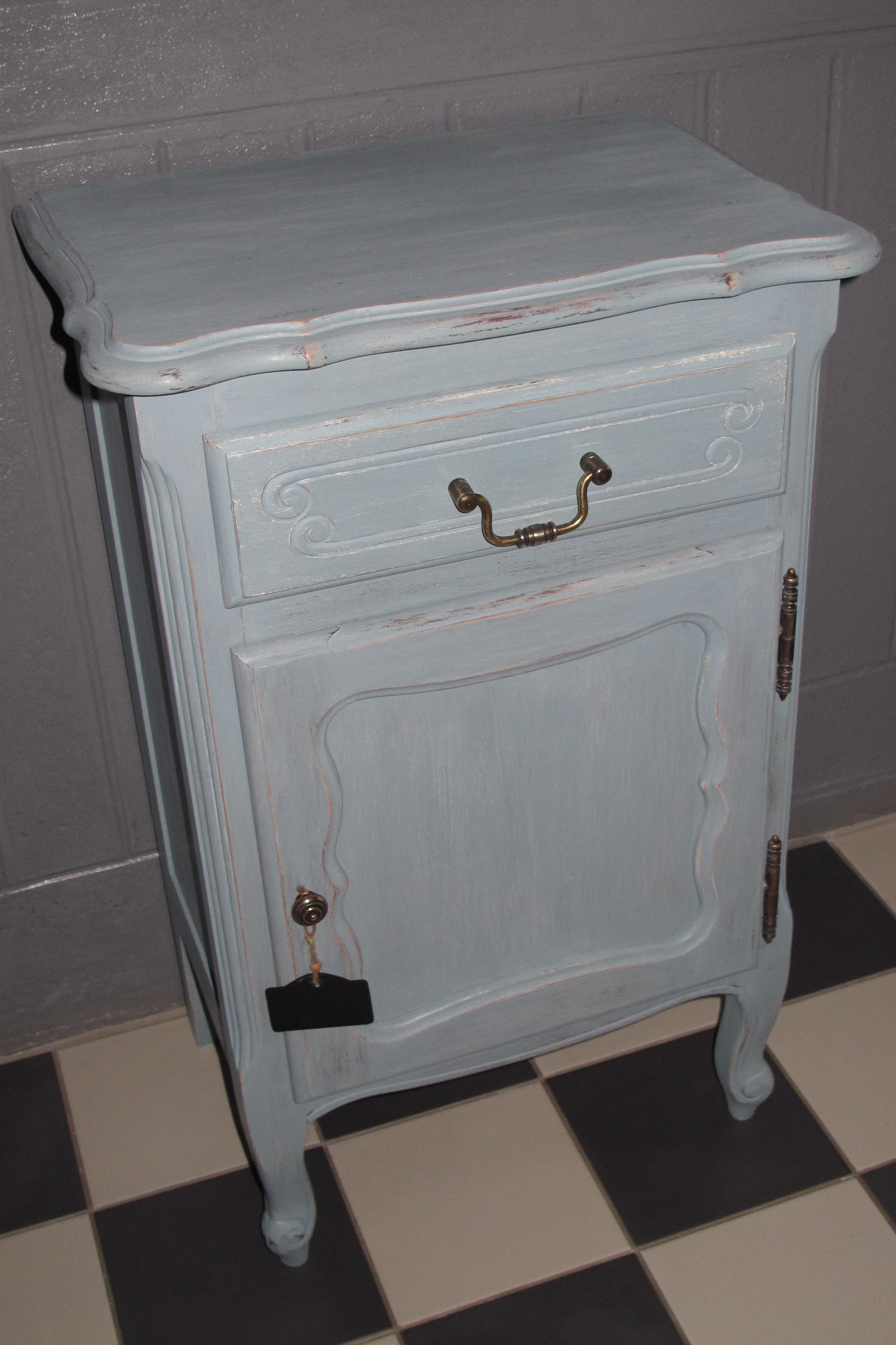 Meuble en chêne bleu gustavien