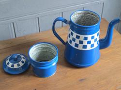 cafetière ancienne émaillée bleue