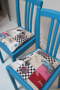 Paire de chaises esprit vintage