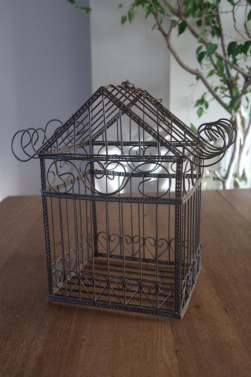 Cage ancienne en métal