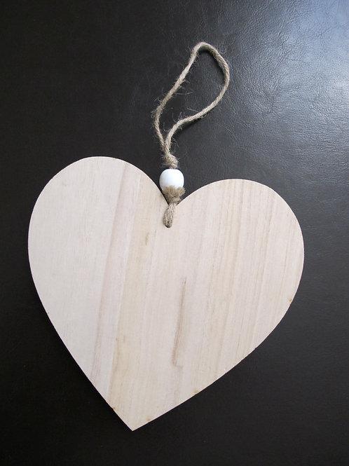 Lot de coeurs en bois
