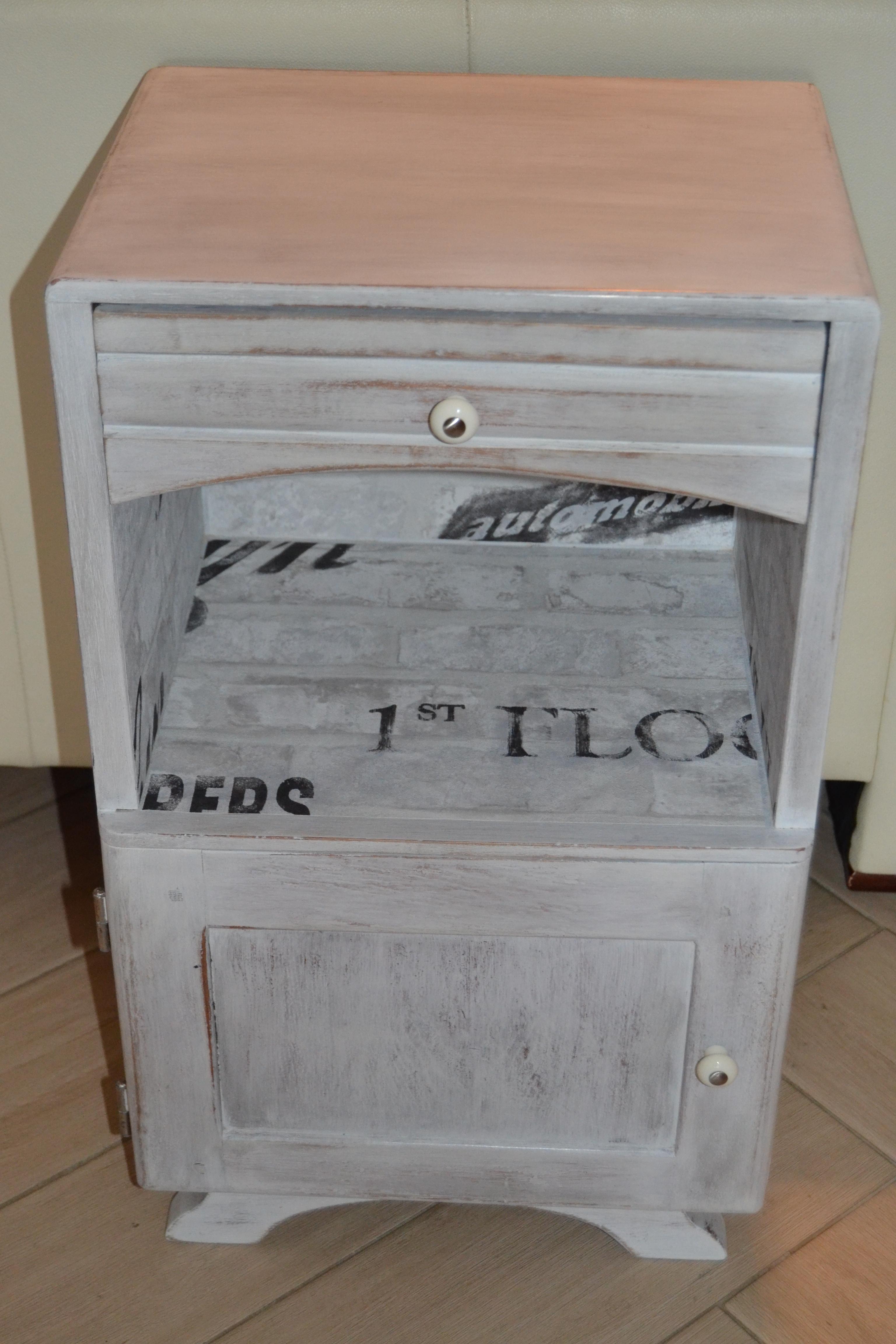 Rondin De Bois Table De Chevet meubles d'occasion pour chambre