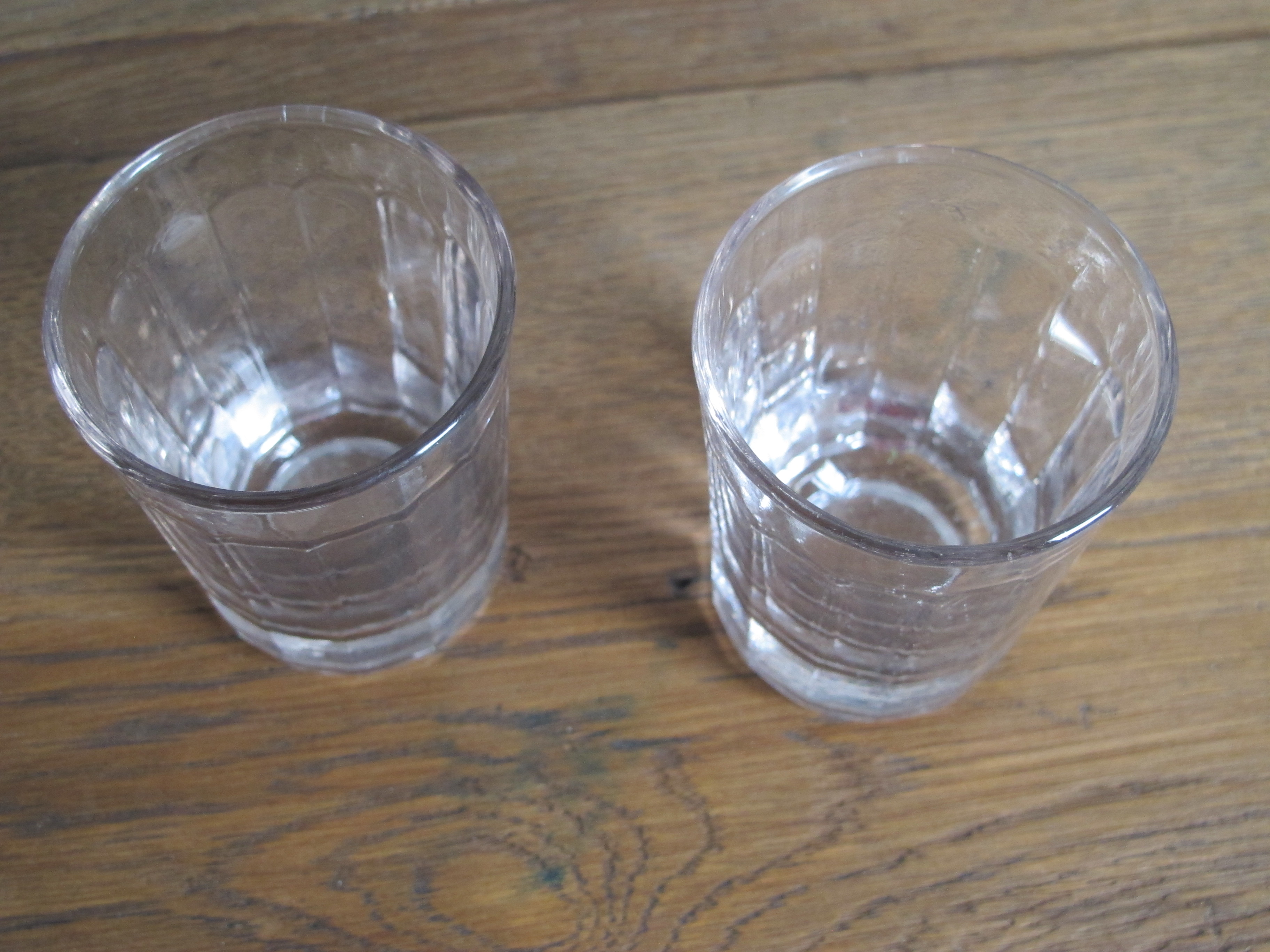 2 verres anciens