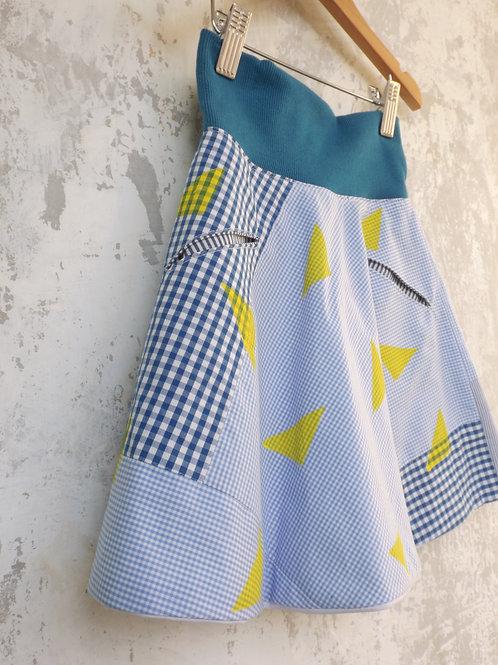 Creative Curve skirt Age 4/5