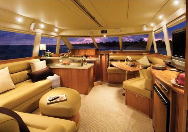 Relax aboard the 45' Open Flybridge