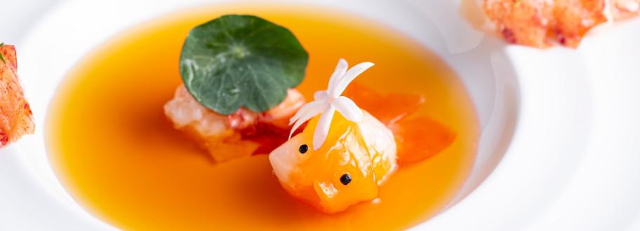 波士頓龍蝦 金魚 雞肉澄清湯