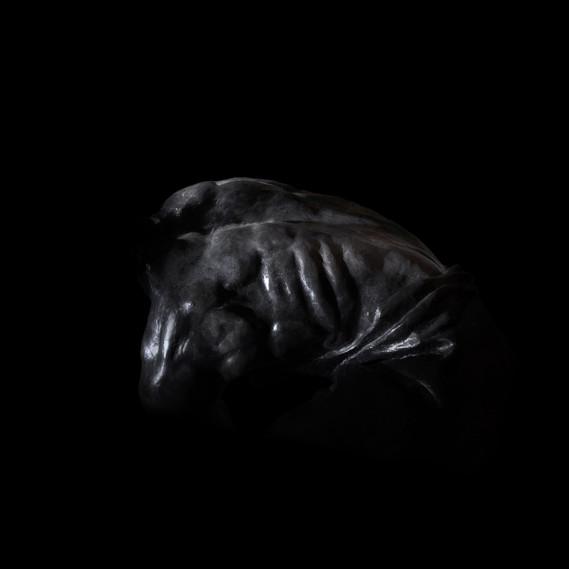 脊椎(「鵝卵石是無產階級的武器」紀念碑)