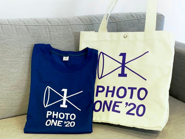 Photo ONE'20 canvas bag and T-shirt