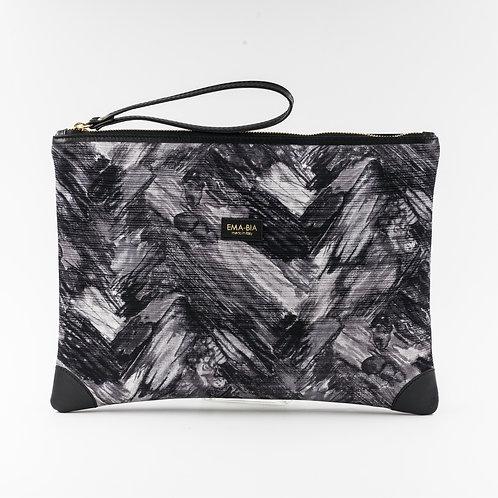 pochette borsa a manoin seta grigia con stampa segno grafico e finiture in pelle