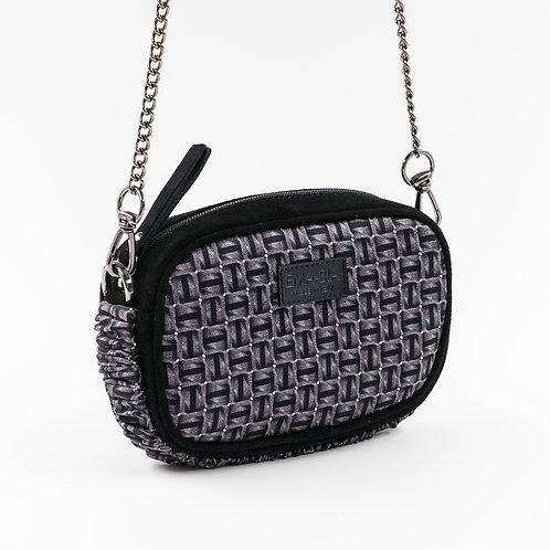 mini borsa a tracolla in pelle nera e setacon stampa geometrica