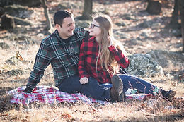 Emily + Angel: Holiday Portrait Session at Samuel Lewis State Park