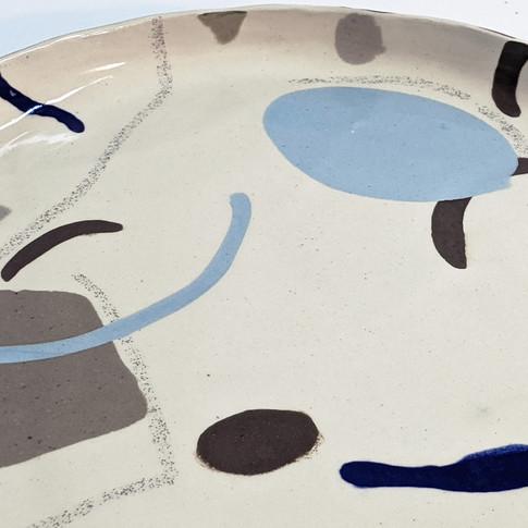 Plato de la colección París - Adriana Machado Studio