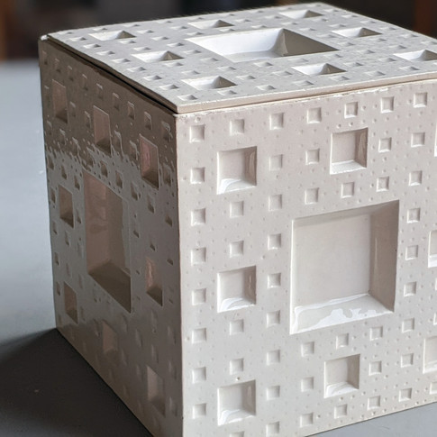 Caja Menger fractal - - Adriana Machado Studio