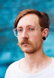 entretenir moustache