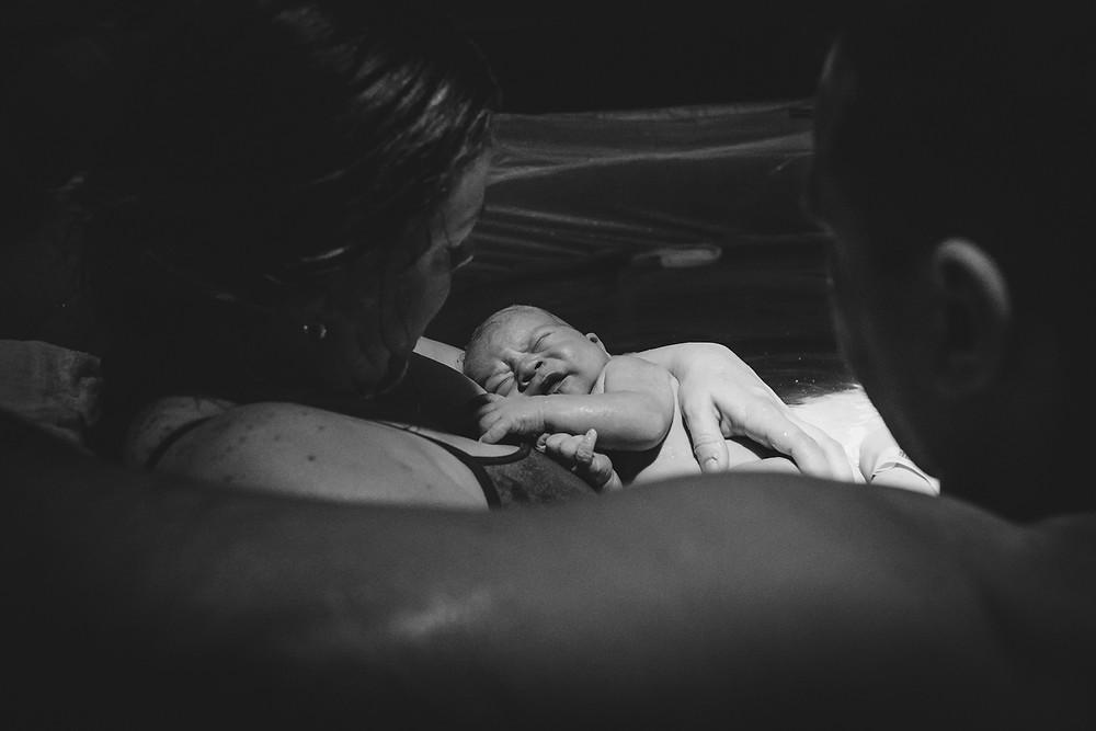atlanta doula and birth photographer, VBAC water birth