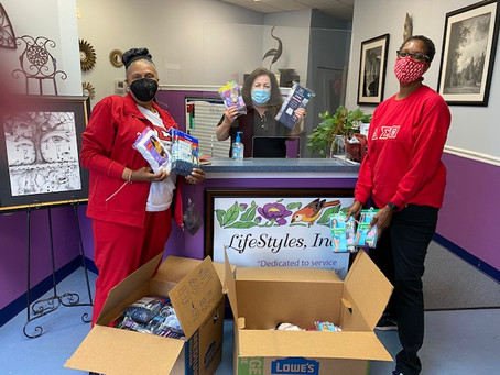 Sisters of the Fort Washington Alumnae Chapter of Delta Sigma Theta Are United in Service