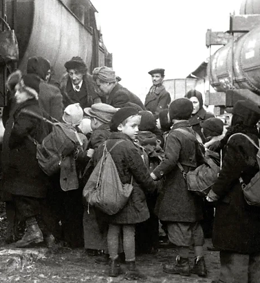 Children on train (2).png