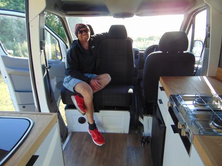 Aosta: 2 Birth Adventure Van