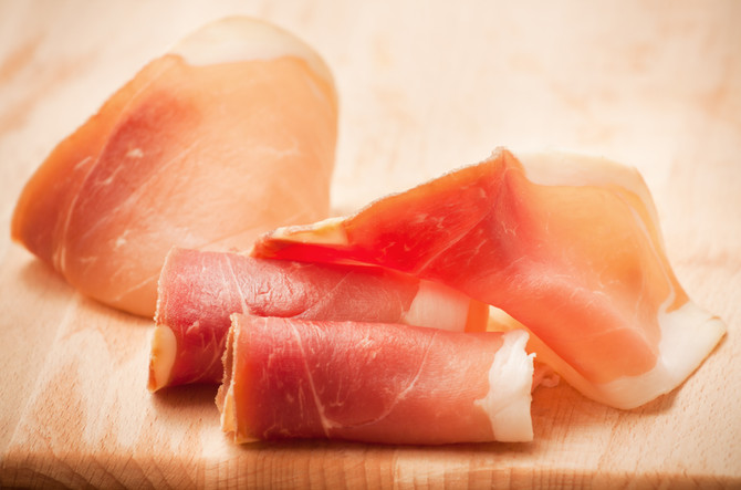 Prepping, Slicing and Storing your Prosciutto at Home