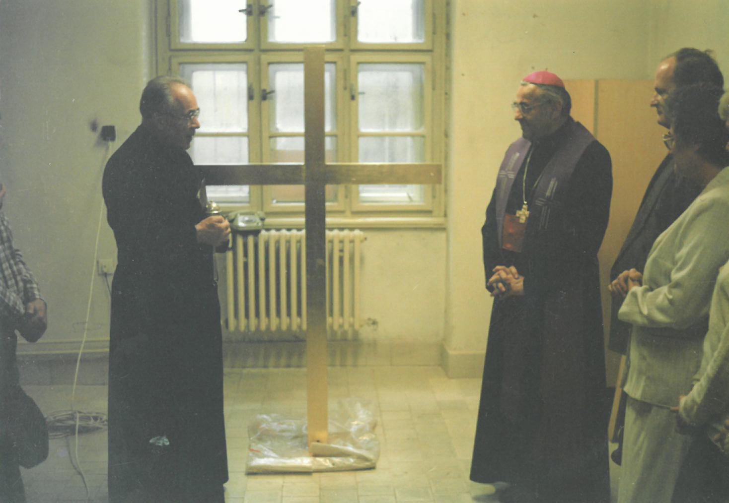 Svěcení kříže v roce 1991