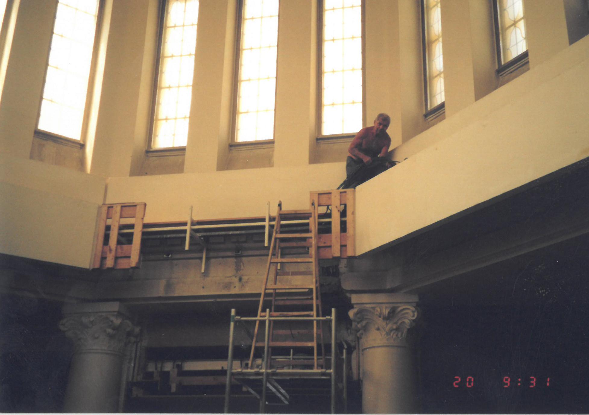 V roce 2007 probíhala rekonstrukce kaple v kopuli.