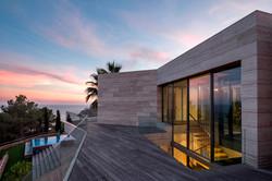 Bamboeterras met uitzicht op zee