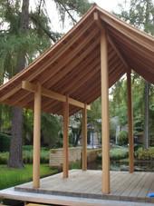 PeetersJef.be - Ceder Paviljoen met ronde houten kolommen