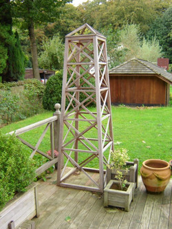 Houten obelisk - Peeters Jef bvba