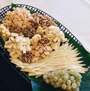 eva-tellez-catering-queso.JPG