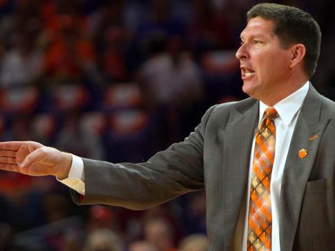 Clemson Basketball May Have Another Player Returning