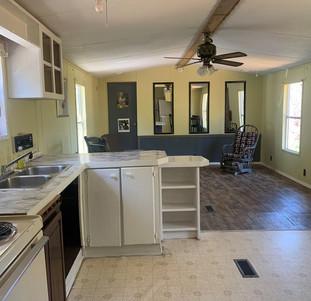 51 homestead kitchen.jpg