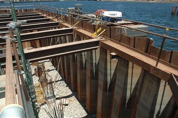 Watertight cofferdam construction using sheet piles
