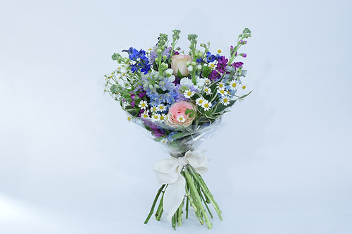 Hand-tied Bouquet - Standard