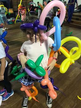 Balloon fun at Active OOSH Centaur