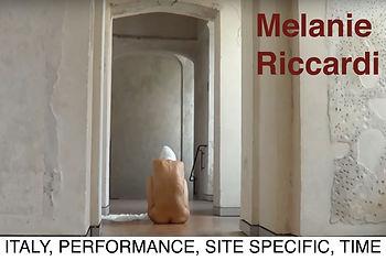 melanie_photo_text_contents.jpg