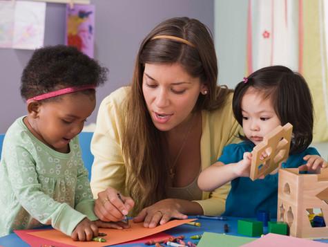 Cómo nos ayuda ponernos a la altura de los niños