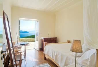 villa_5_bedroom_wix.jpg