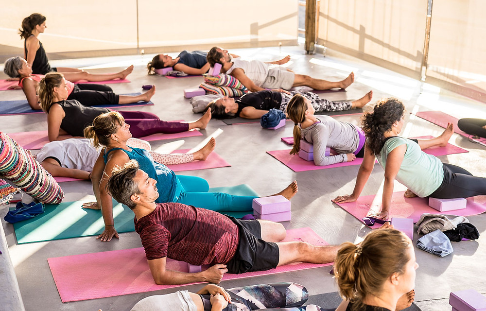 Alpha Yoga School | Join Alpha Yoga School for 50 hour residential, all inclusive Yin Yoga Teacher Training in Greece | Expand your yoga teaching skills | Location by the beach