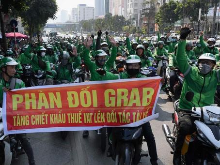 Tài xế Grab biểu tình: Rất công nhân, rất Marxist