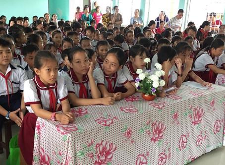 Hoạt Động Công Đoàn: Liên đoàn Lao động tỉnh Kiên Giang gắn biển 2 công trình chào mừng đại hội Đảng