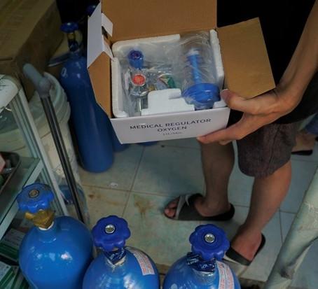 Bộ Công Thương khuyến cáo người dân KHÔNG tự ý mua, tích trữ máy thở, máy tạo oxy tại nhà