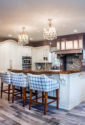 Spacious modern kitchen
