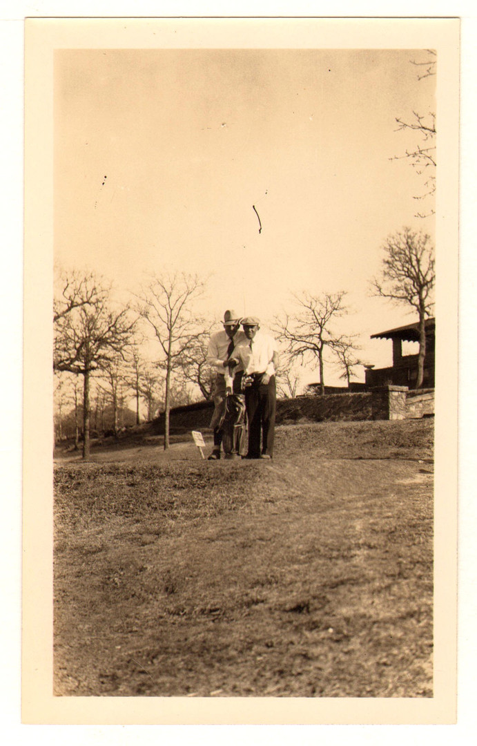 Photo Dornick Perry with Caddy (Clouser)
