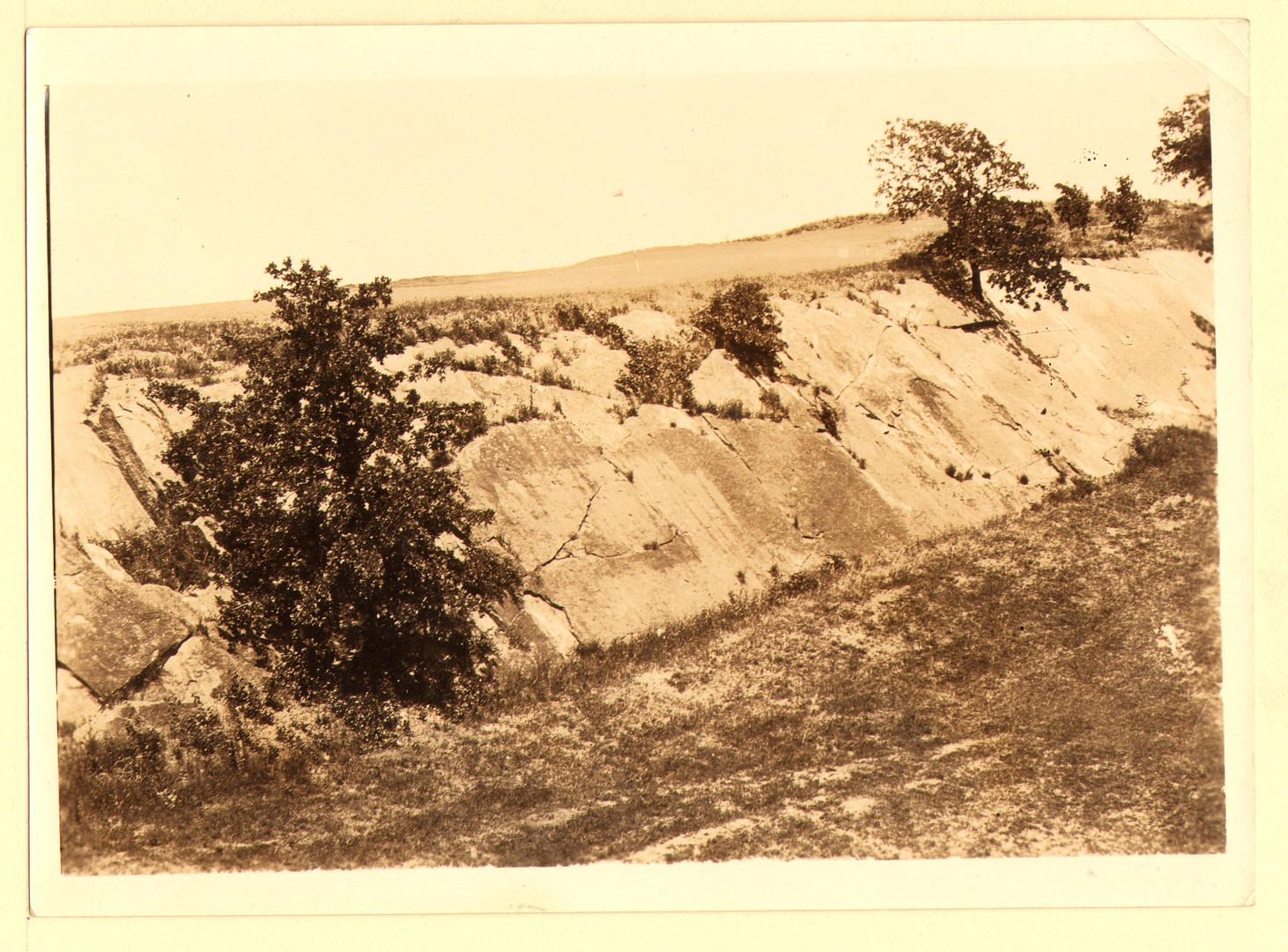 Photo Dornick #16 Cliff (Clouser).JPG