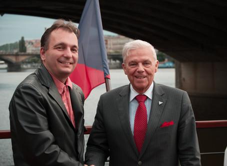Karel Dobeš je přesvědčen, že Karvinsko bude mít senátora, který ví, o čem mluví
